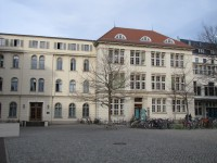 universitaetsplatz2