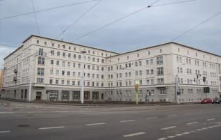 Delitzscher Straße / Freiimfelder Straße – Die Kunst der Sparsamkeit